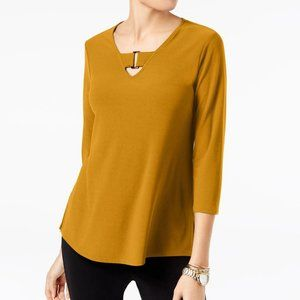 !~Marigold Buckle-Detail Keyhole Neck Tunic Top~!